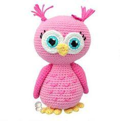 Amigurumi Pink owl free crochet pattern Owl Crochet Patterns, Crochet Birds, Owl Patterns, Cute Crochet, Crochet Animals, Crochet Hearts, Crocheted Flowers, Crochet Ideas, Flower Patterns