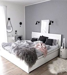 Teen bedroom Retro Design Ideas and Color Scheme Ideas and Bedding ideas and wall decor