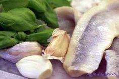 Czosnkowe śledzie z bazylią Garlic, Lunch, Fish, Meat, Vegetables, Food And Drinks, Eat Lunch, Pisces, Vegetable Recipes