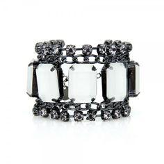 Pulseira maxi chatons em resina cristal fosco, strass black diamond e metal grafite.