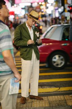xRxxxx - In Passing: Style on the Streets of Hong Kong