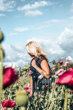 In a field full of pink poppy flowers. #outdoorphotography #prettylittleiiinspo #springoutfit #ootd #springvibes #wildflowers #kkkeiki #lifestyleblogger Poppy Flowers, Pink Poppies, Outdoor Photography, Wildflowers, Pretty Little, Spring Outfits, Ootd, Nature Photography, Wild Flowers