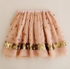 Pink and gold sequins skirt! Kids Outfits, Cute Outfits, Summer Outfits, Little Girl Fashion, Mode Inspiration, Fashion Inspiration, Marchesa, Dress Me Up, Pink And Gold