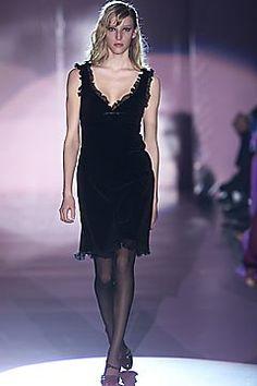 Lawrence Steele Fall 2001 Ready-to-Wear Fashion Show - Lawrence Steele, Carmen Maria Hillestad