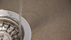 Zuhause haben wir eine tolle Spüle von Blanco aus mineralischem Verbundstoff -SILGRANIT-! Um das teure Stück so lange wie möglich zu erhalten, wurde diese mit Permanon Platinum versiegelt!  1 x pro Woche werden nach der Grundreinigung 3-4 Sprüher Platinum ready to use aufgesprüht, mit der Bürste verteilt und abgespült. Das Ergebnis seht Ihr in diesem kurzen Video. Eine Flasche Permanon Platinum ready to use reicht für ca. 1 Jahr und ist sehr sparsam ...