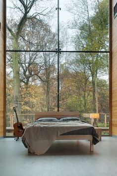 conflictingheart: (via Garden Bedroom - modern - bedroom - other metro - by Natural Bed Company) Beautiful Bedrooms, Beautiful Interiors, Beautiful Homes, Beautiful Scenery, Stunning View, Garden Bedroom, Home Bedroom, Bedroom Modern, Bedroom Ideas