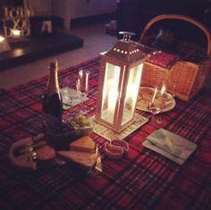 Romantic Picnics, Romantic Evening, Romantic Dinners, Romantic Home Dates, Romantic Things, Romantic Ideas, Night Picnic, Picnic Time, Picnic Dinner