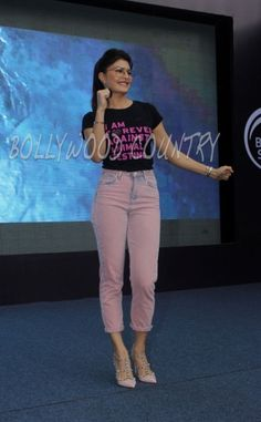 Casual Outfits For Girls, Stylish Summer Outfits, Chic Outfits, Girl Outfits, Fashion Outfits, Jacqueline Fernandez, What Should I Wear Today, Denim Trends, Star Wars