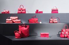 Simplicity is the ultimate sophistication. The Delvaux Autumn-Winter Collection. Fall Winter, Autumn, Winter Fashion, Inspiration, Bags, Instagram, Collection, Accessories, Winter Fashion Looks