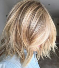 Blonde shaggy bob❤️ http://eroticwadewisdom.tumblr.com/post/157383594317/hairstyle-ideas-im-in-love-with-this-hair-color