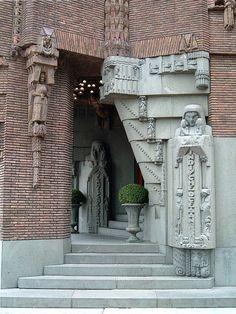 Art Deco building details; Scheepvaarthuis, Amsterdam.