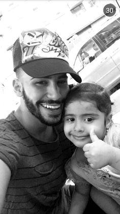So cute ❤ Adam Saleh, Youtubers, Famous People, Bff, Goals, Celebrities, Places, Cute, Celebs