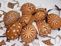 Eastern Eggs, Easter Crafts, Wax, Cookies, Spring, Brown, Creative, Desserts, Food