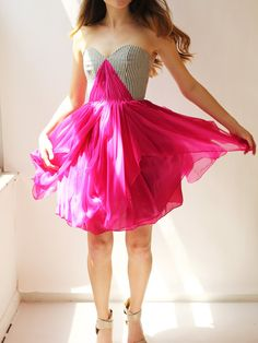 Sample SALE kurze Seiden-chiffon-Kleid mit von LeanneMarshallNYC