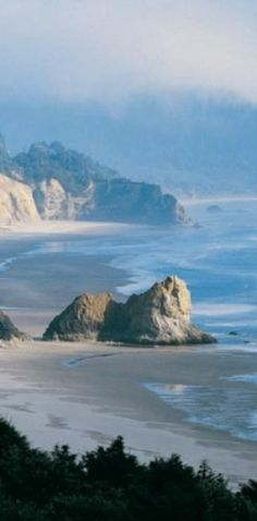 Gold Beach, Oregon (one of my favorite places ever....)