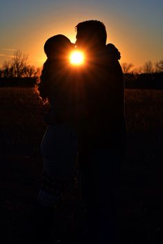 Couples Silhouette picture idea