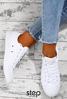 bb1e86a3617c SUPERDRY Γυναικείο Παρκά Παραλλαγής ROOKIE OVERSIZED PARKA. Μουντός καιρός;  🌩 Εσύ φόρεσε το απόλυτο λευκό! #converse #allstar #stepsport