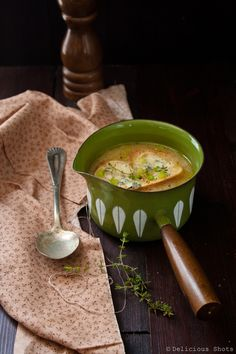 Delicious Shots: Garlic Soup  Like, repinn, share!   Thanks :)