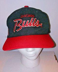 84070e4a1b0 Vtg Chicago Bulls Script Snapback Hat Authentic Jordan Era