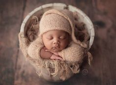 Newborn LIGHT BROWN hat (the same like at the main photo), made in soft wool yarn, perfect for newborn! size: newborn color: LIGHT BROWN this hat is rts matching rompers available in my shop Newborn Baby Photos, Newborn Posing, Newborn Pictures, Baby Girl Newborn, Newborn Photography Poses, Newborn Photographer, Children Photography, Family Photographer, Newborn Fashion