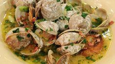 Richard Blais' Beer-Steamed Clams #seafood #clams