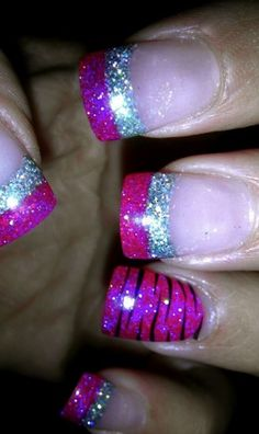 pink and silver nails ♥