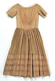 Girl's dress, cotton, c. 1840, American. Metropolitan Museum of Art accession no. C.I.39.98.1