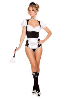 Get ready for excitement and fun in this beautiful Sexy Foxy Cleaning Maiden Costume Set featuring a four piece set including a black and white romper with a high cut cheeky bottom, a matching maid headband, feather duster, and a white apron. French Maid Halloween, French Maid Costume, Cheap Halloween Costumes, Adult Costumes, Maid Costumes, Couple Costumes, Adult Halloween, Halloween Projects, Halloween Cosplay