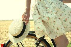 девушка с велосипедом фото - Поиск в Google