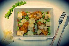 Hot ! #hot #hotbox #lunch #dejeuner #bonneadresse #yummy #delicious #protein #proteine #granapadano #chicken #curry #paris9 #parisfood #lamaisondesproteines #lmp #decomplexeurgourmand #healthy #healthyfood #eatclean #food #foodgasm #instafood #eathealthy #healthyparis #picoftheday