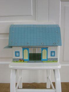 Toy Barn Metal Children Farm Tin.