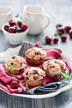 Berry muffins, (egg substituted with banana, used honey instead of sugar, used frozen raspberries) Mixed Berry Muffins, Cherry Muffins, Almond Muffins, Little Cakes, Eat Dessert First, Sweet Bread, Love Food, Cupcake Cakes, Food Photography