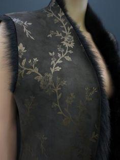 Detail luxusní kožešinové vesty z ovčiny Tops, Women, Fashion, Moda, Women's, Fashion Styles, Woman, Fasion