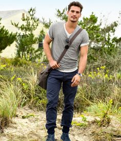 CHINO's are cool! basic t, basic chinos yet so stylish. chinos are the answer :)