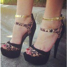 Leopard Print Heels Buckles Peep Toe Platform Sandals Chunky Heels