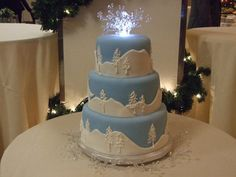 Winter Wedding Cake With Lights