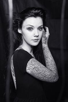 Grace Neutral Before - Bing images Sexy Tattoos, Girl Tattoos, Tattoos For Women, Tattooed Women, Ugly Girl, Tattoo Photography, Goth Beauty, Body Modifications, Poses