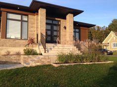 Aménagement contemporain Front Entry, Front Porch, Front House Landscaping, Modern Mansion, House Landscape, Front Elevation, Clinique, House Front, Exterior Colors