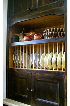 Beautiful Plate organizer for Cupboard
