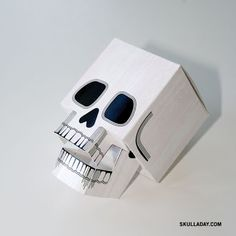 Papercraft Skull FREE Halloween decoration and craft!