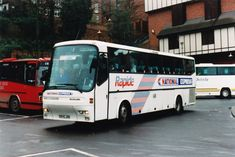 Service Bus, National Holidays, Coaches, Buses, Travel, Trainers, Viajes, Tax Day Deals, Busses