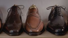 Join Vivian Saskia Wittmer at her cobbler's shop in Florence, Italy.