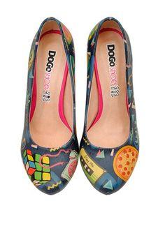 Scarpe con tacco  dogo - disegni anni 80 con pizza cubo rubik telefono e game boy #nerd #girl