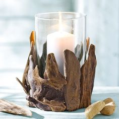 Driftwood Crafts and accessories to help with your driftwood projects. Driftwood Furniture, Driftwood Projects, Driftwood Art, Furniture Projects, Furniture Makeover, Cool Furniture, Bois Diy, How To Make Lanterns, Beach Crafts