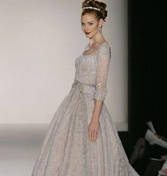#Silver #Anne #Barge #gown - very pretty!