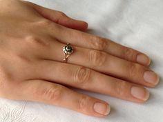 Antieke gouden ring met diamantje