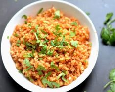 The perfect compliment to your Mexican side dishes! This Cauliflower Spanish Rice is full of flavor and super easy to make! Its hard for me to enjoy my taco bowls or fajitas without the addition of rice. I love a good taco salad but sometimes I want th Spanish Cauliflower Rice, Spanish Rice, Cauliflower Recipes, Riced Cauliflower, Cauli Rice, Rice Recipes, Paleo Recipes, New Recipes, Cooking Recipes