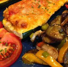 Egy finom Töltött cukkini olaszosan ebédre vagy vacsorára? Töltött cukkini olaszosan Receptek a Mindmegette.hu Recept gyűjteményében!