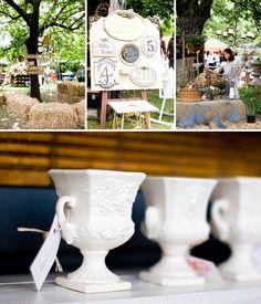 Kamers vol Geskenke inspiration Nest, Table Decorations, Inspiration, Furniture, Home Decor, Nest Box, Biblical Inspiration, Decoration Home, Room Decor