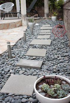 gravel stepping stone pathway